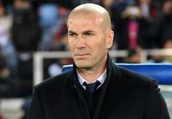 zidane-real-madrid-kashima-fifa-club-world-cup-final-18122016_iw8dh4m1ibiz13zgz97y64676.jpg